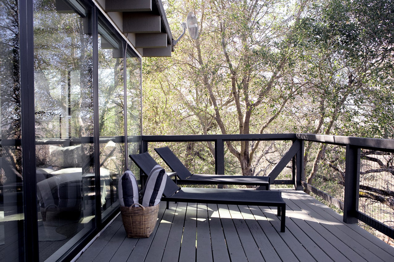 the oaks, patio