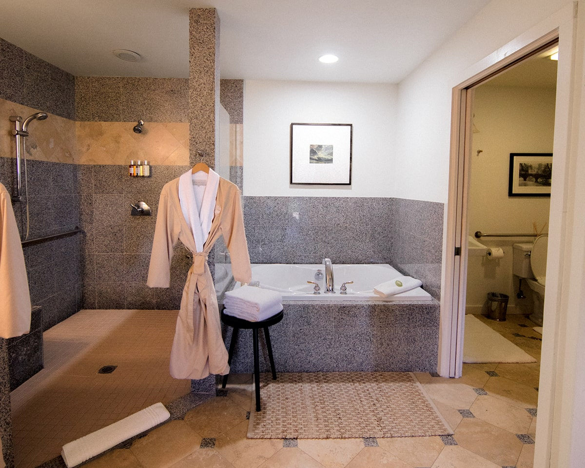 the willow, bathroom